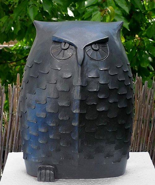 eulen keramik margit hohenberger keramik kunst. Black Bedroom Furniture Sets. Home Design Ideas