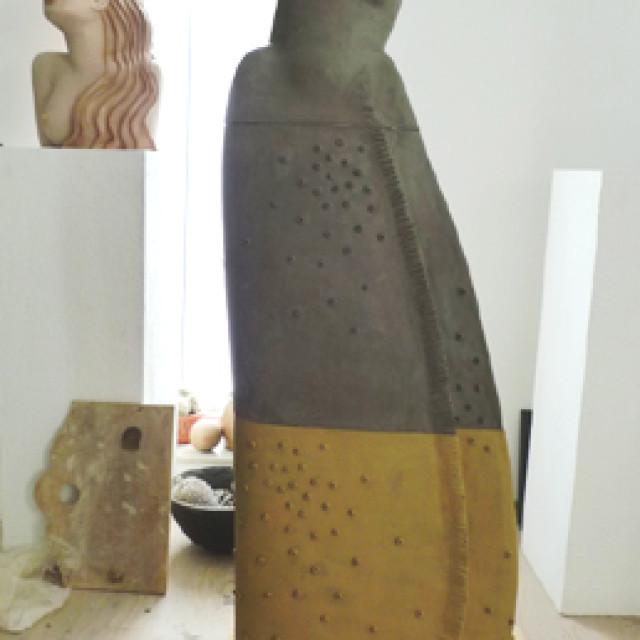 Keramik Statue Große Zarin im Aufbau
