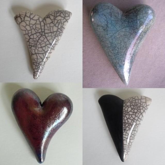 Kunstherz Variationen in Raku Keramik