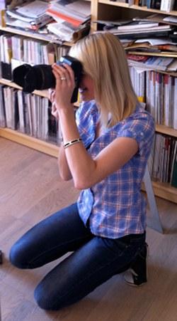Sabrina Haalboom, Fotoshooting bei Margit Hohenberger - Keramik Kunst
