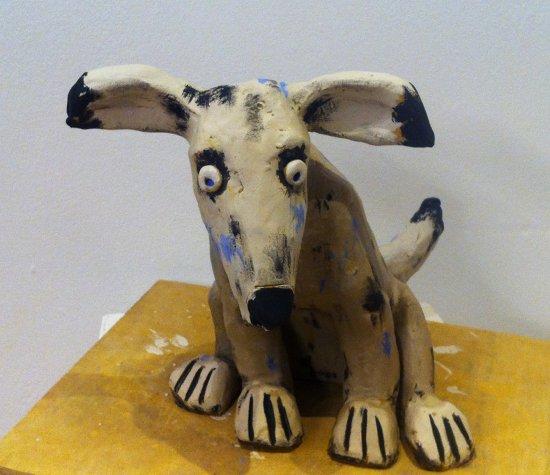 Lumpi - eine meiner lustigen Hundefiguren aus Ton - fast fertig ;-)
