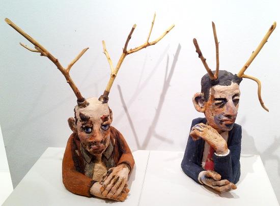 Die Platzhirschen - Keramik Figuren von Dr. Konrad Ruff