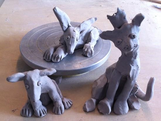 Hund, Hase, Katze: Tierfiguren aus Keramik - Skizzen