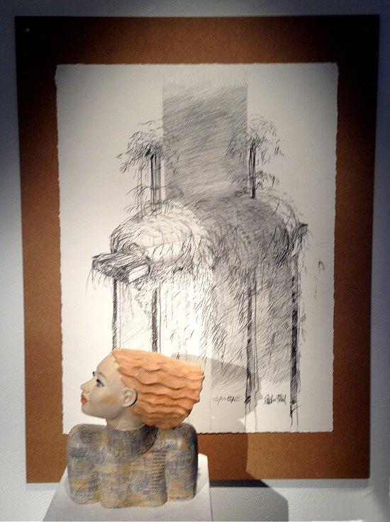 """Büste """"Mit der Zeit"""" vor Zeichnung von Udo Rödel"""