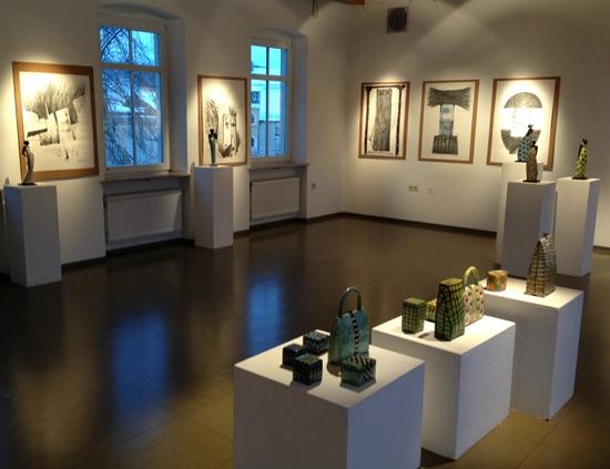 Blick in die Galerie: Keramik Kunst und Popart-Raku 2012