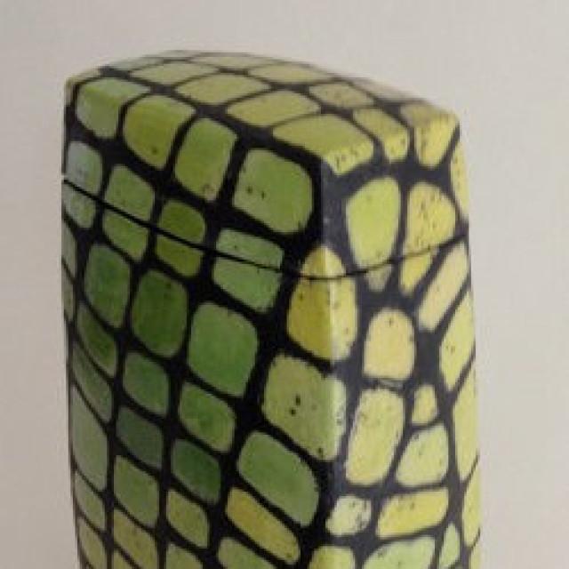 Tierurne Keramik