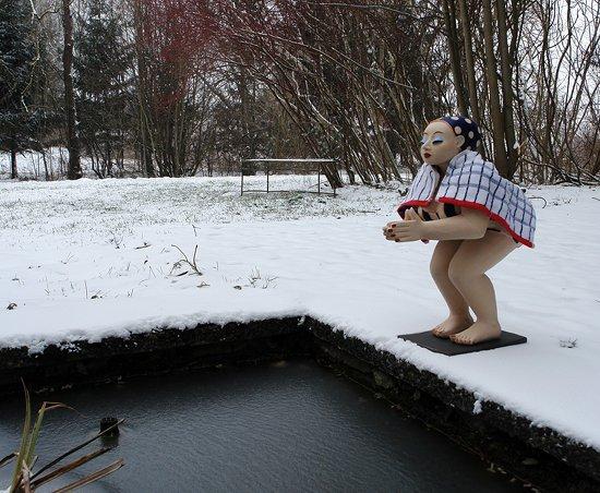 Gartenfigur Schwimmerin
