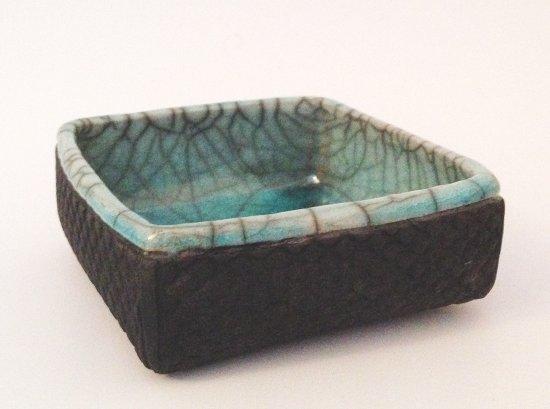 Keramikschale mit Struktur