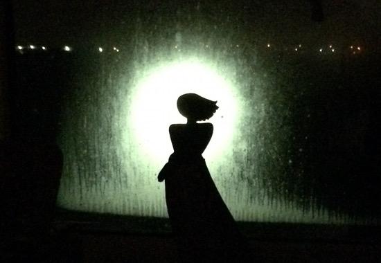 Sinnliche Skulptur im Morgenlicht