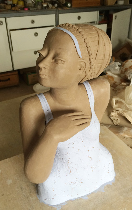 Keramikbüste fertig modelliert