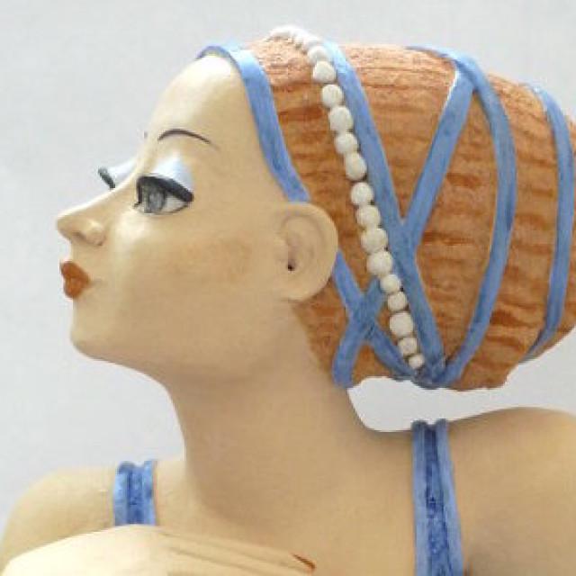 Keramik Büste: Frau in Blau