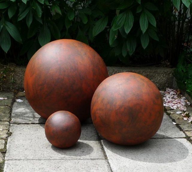 Garten Kugeln aus rotem Ton