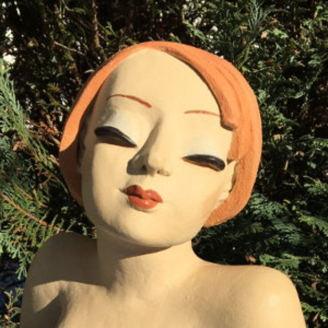 Gartenfigur junges Mädchen