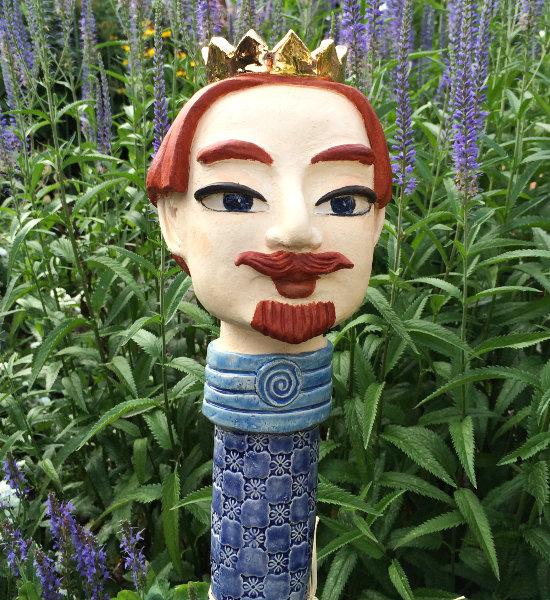 König auf Deko Gartenstecker