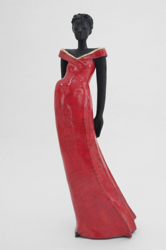 Lady in Red - Raku-Skulpur