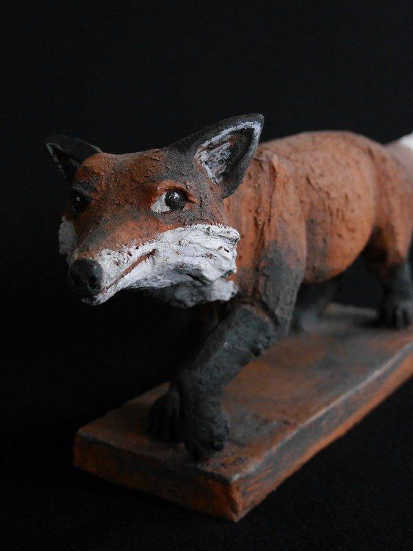 Fuchs Mikkel aus Keramik - Tierfigur von Margit Hohenberger