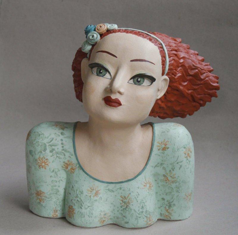 Keramik Kunst: Büste eines Burgfräuleins