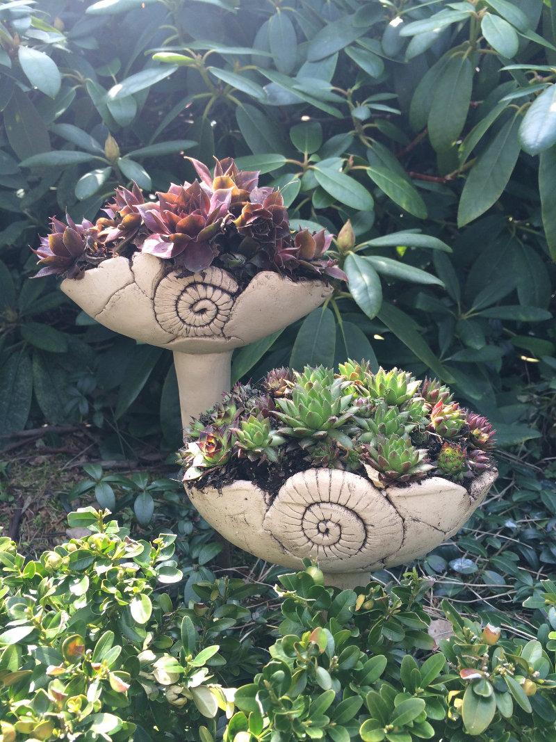 gartenstecker margit hohenberger keramik kunst. Black Bedroom Furniture Sets. Home Design Ideas